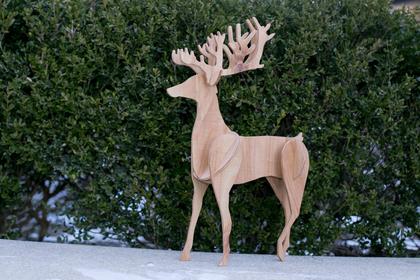 Scalesoffmedia_reindeer_inventablesimg_0390