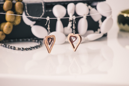 Small_heart_earrings