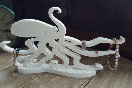 Octopus%20jewelry%20stand