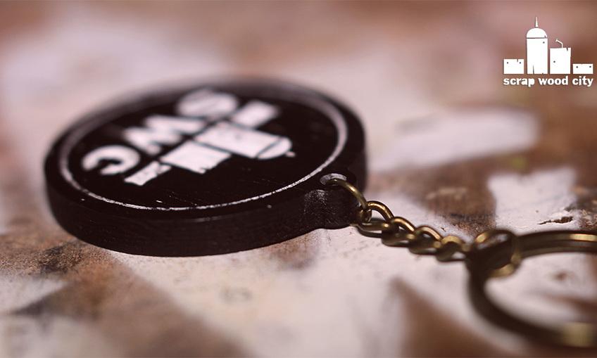 1508917113_wooden_keychain_2
