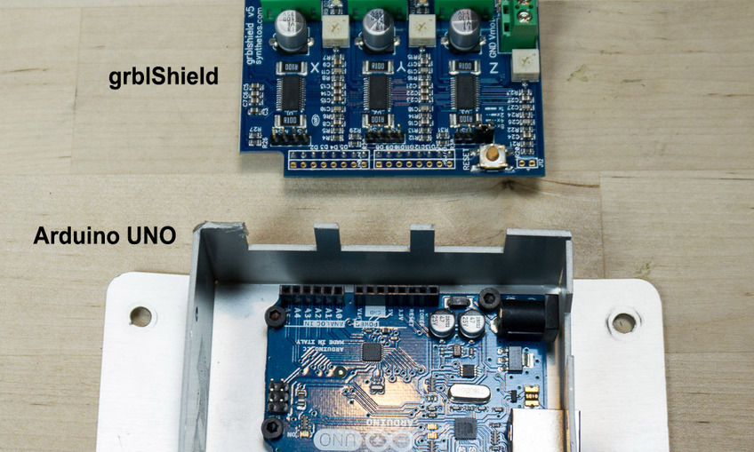 1402417743_arduino_uno%20grblshield-diag