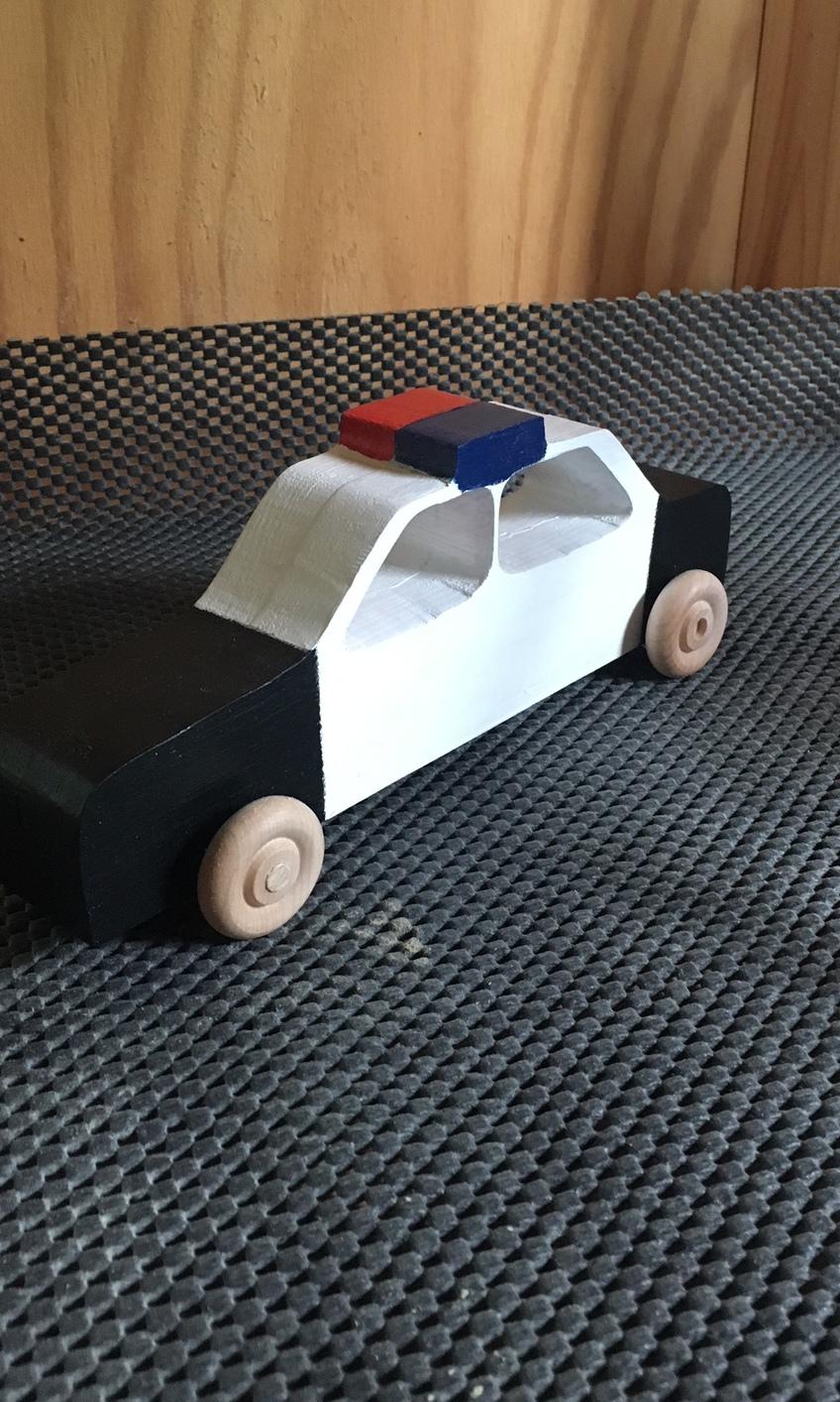 1529960953 police car