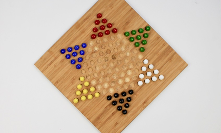 1540394191 chinese checkers game 1