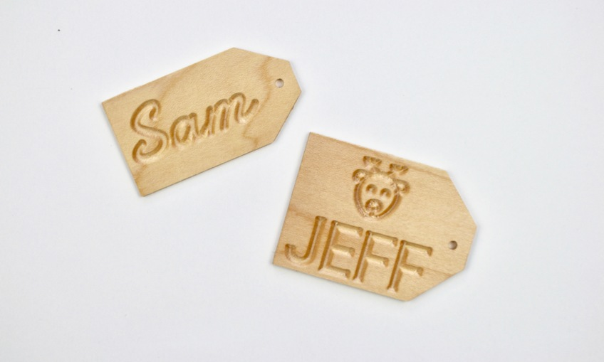 1541551130 gift tags sam jeff