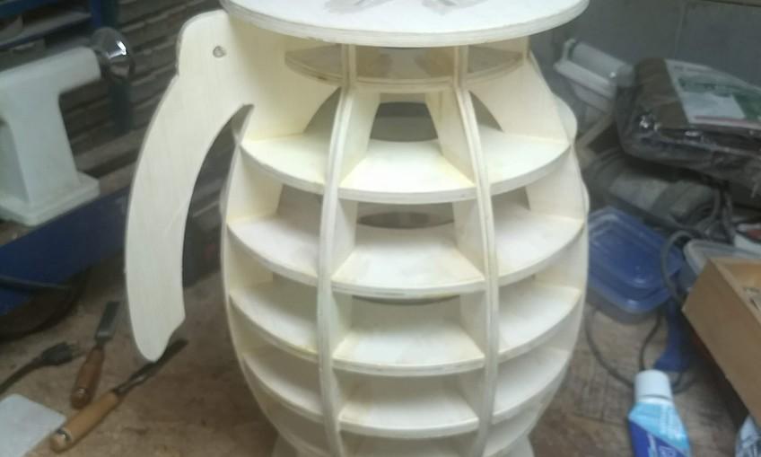 1544200421 grenade stool