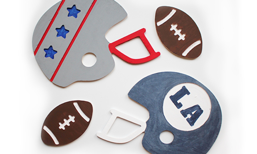1548358910 big game helmet matchup both teams footballs