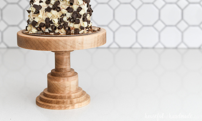 1558371882 diy wood cake stand xcarve 3
