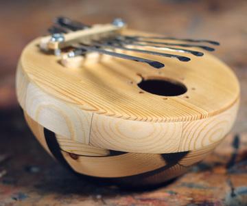 1571153354 resin wood kalimba 4
