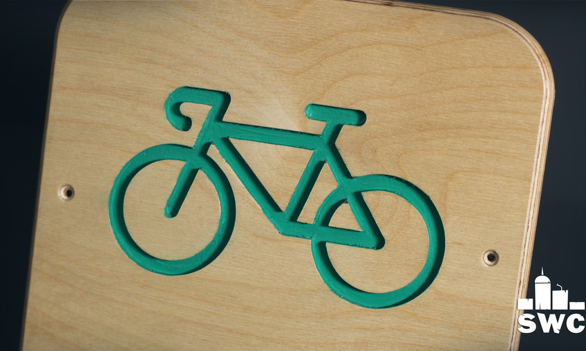 1587975875 cycling clothes hanger 4