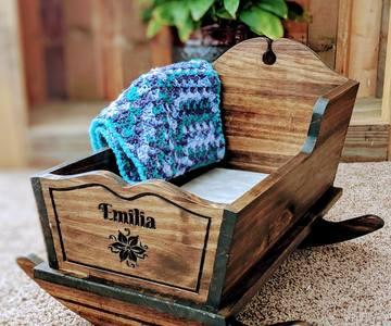 1620072900 doll cradle