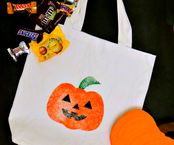 1444534219 diy trick or treat bag