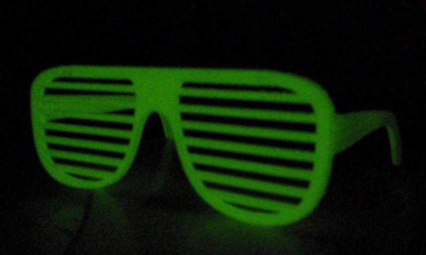 1384218522 glowindarkshuttershades