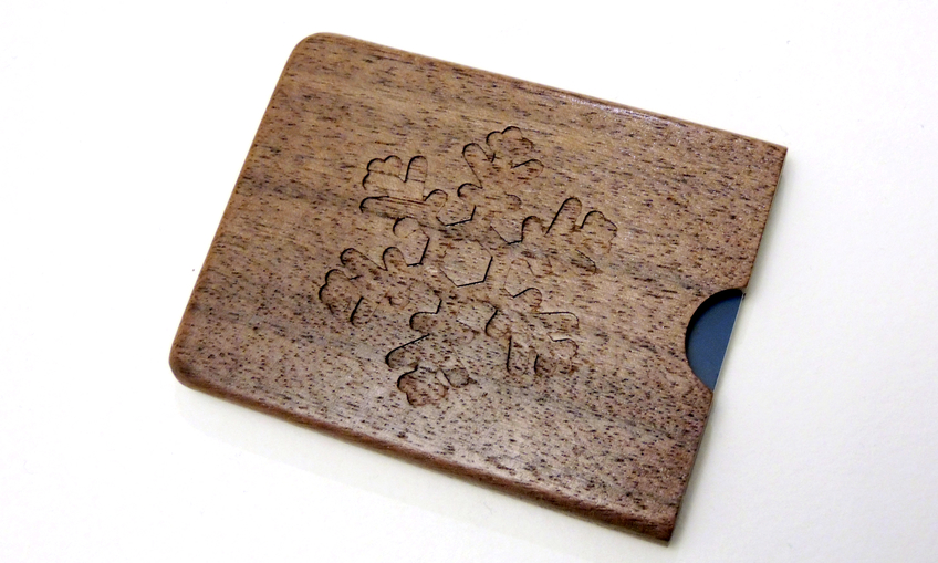 1449208004_wood-card-holder-3