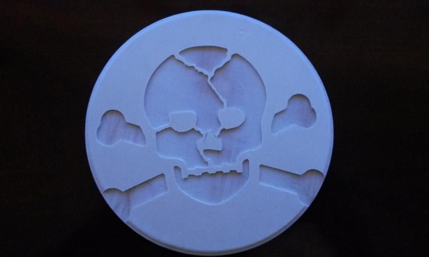 1452710944 skull%20and%20bones
