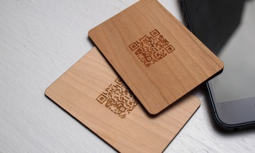 1384219049 wooden business cards
