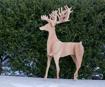 1455739144 scalesoffmedia reindeer inventablesimg 0390