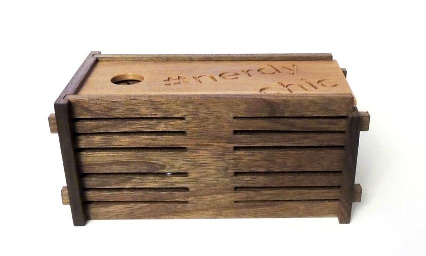 1455855806 box2