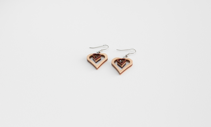 1459439699 scalesoffmedia small heart earringsimg 1965