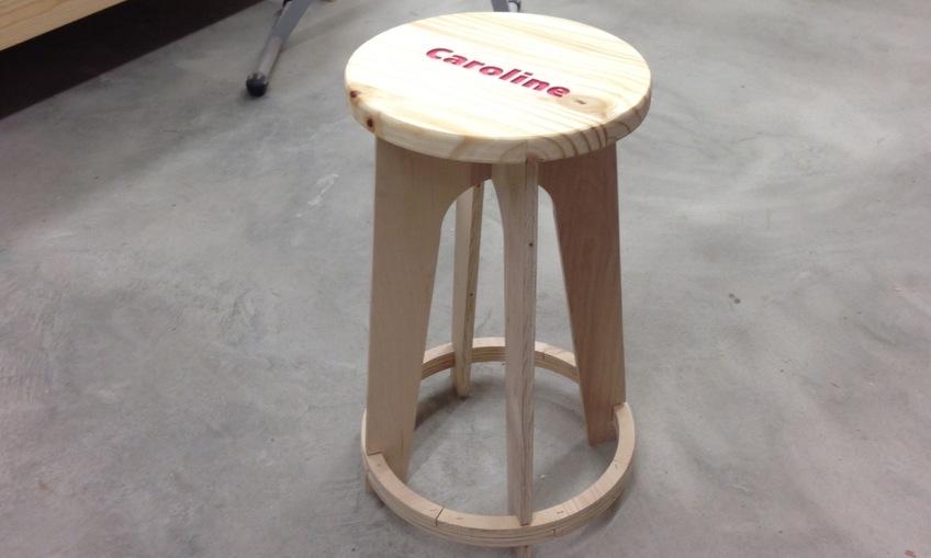 1467296328 stool
