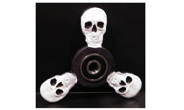 1488856756_skull_fidget_spinner_side_1