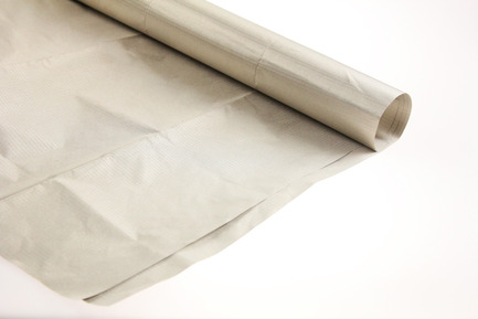 Lightweight metallized polyester film